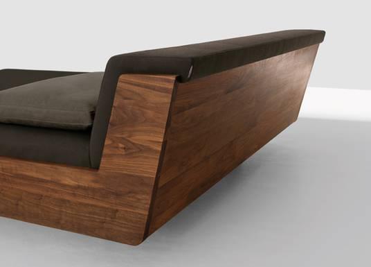 Massivholzbett schwebend  SEQUOIA Einrichtungen: Betten aus Massivholz in Aachen